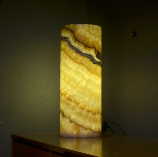 Onyx Table Lamp 211 8