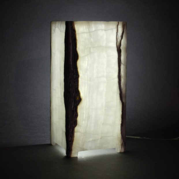Onyx Table Lamp Dsc 0032