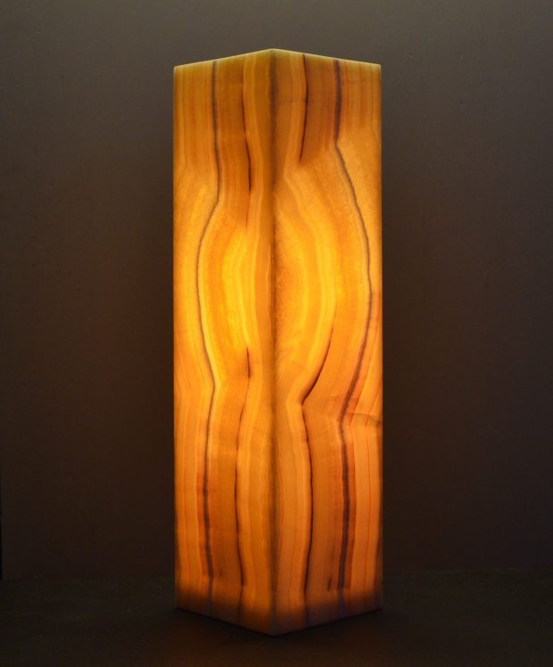 Onyx Table Lamp Dsc 0158