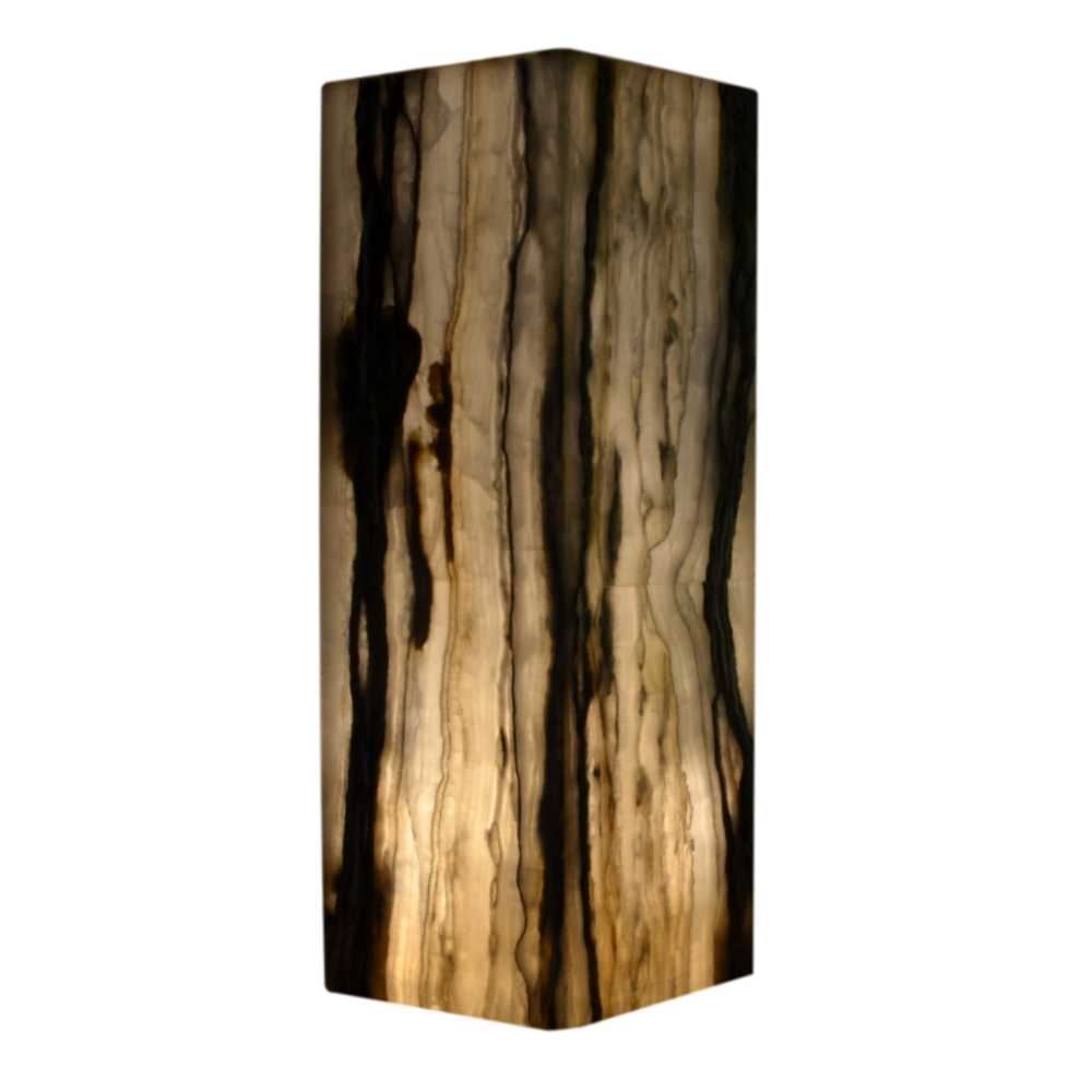 Onyx Lamp By Gueridon
