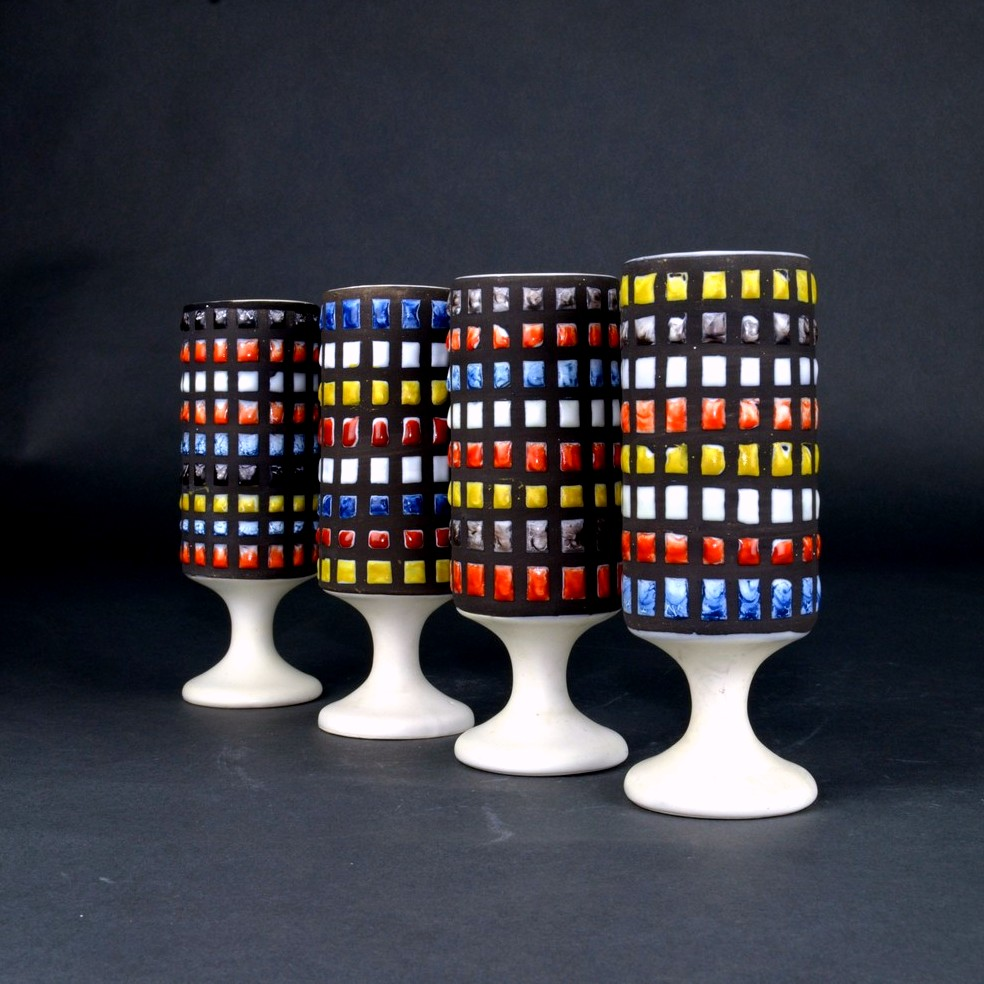 Set Of 4 Ceramic Mugs With Cobblestone By Roger Capron 2