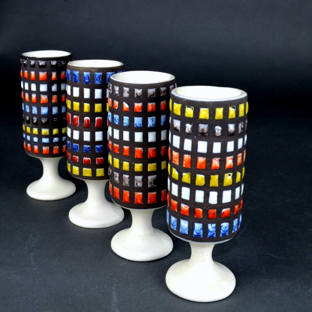 Set Of 4 Ceramic Mugs With Cobblestone By Roger Capron 3