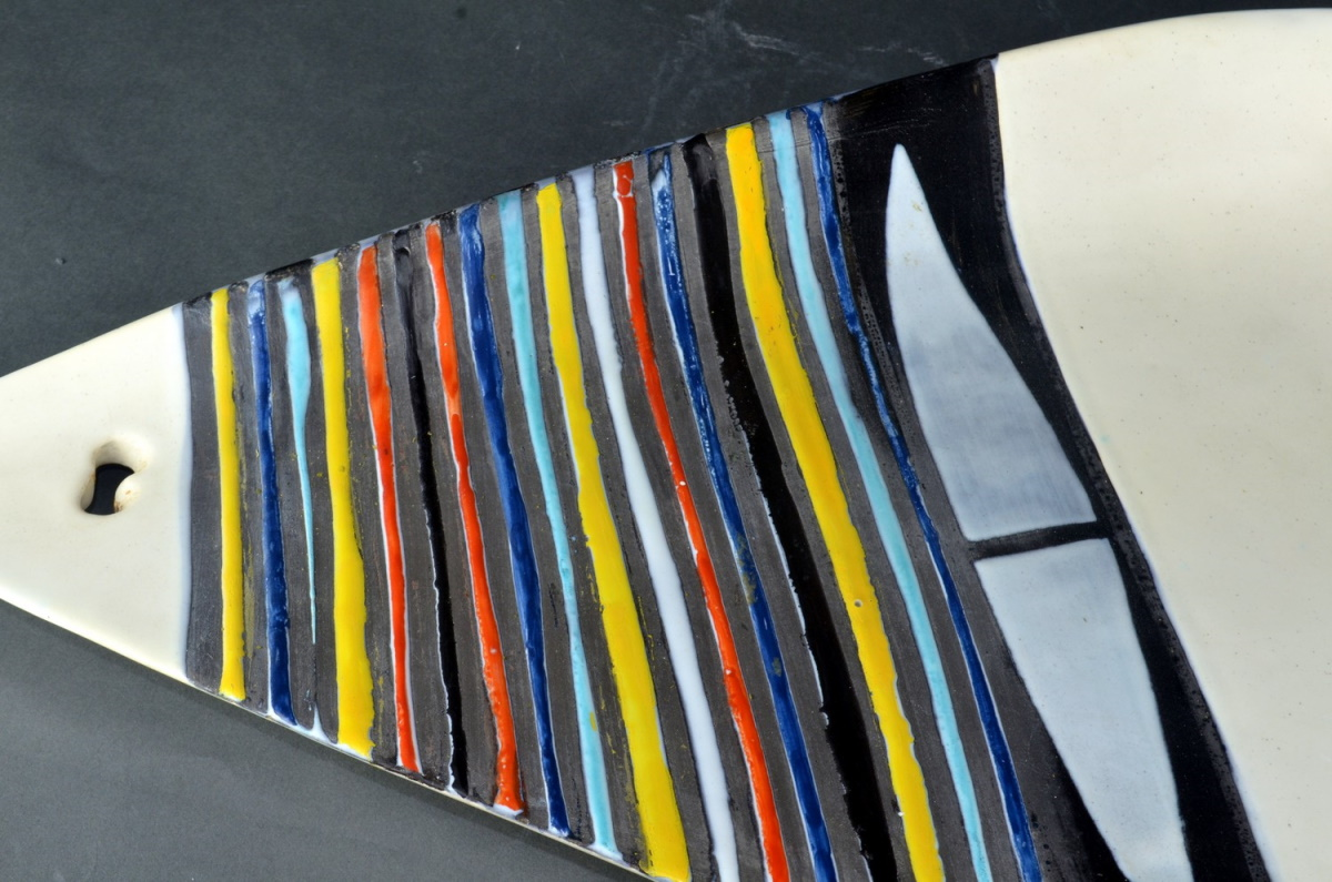 Large Decorative Ceramic Dish With Stripes By Roger Capron 211