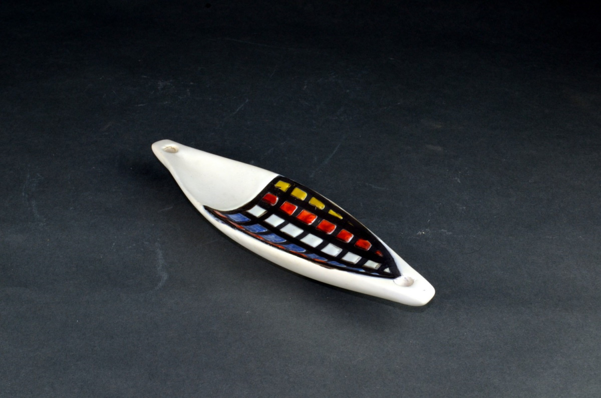 Small Ceramic Canoe Dish With Coblestone By Roger Capron 22